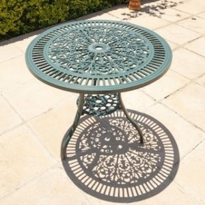 Bonzai Table (75cm Diameter)