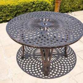 King Classic Table (125cm Diameter)