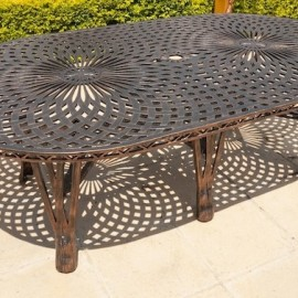 King Classic Table (125cm x 225cm)