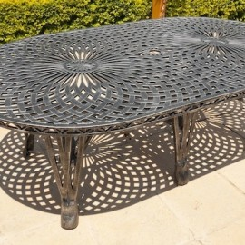 King Classic Table (125cm x 225cm) BS