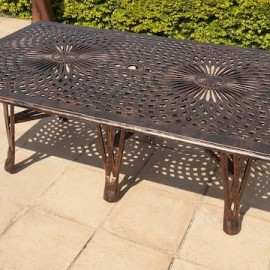 King Classic Table (125cm x 225cm) Rect