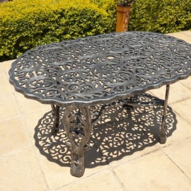 Spider Table (90cm x 135cm)